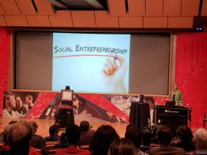 Tobi Saulnier honored as RPI's 2018 Entrepreneur of the Year